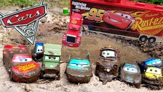 Download Disney Cars 3 Toys Lightning McQueen and Radiator Springs go to Muddy Trench Video