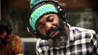 Download NBC + Sir Scratch - Espelho (Acústico Defusão) Video