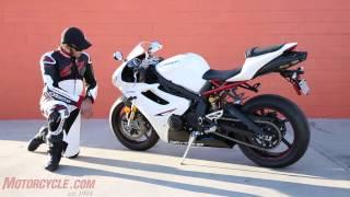 Download Oddball Middleweight Sportbike Shootout Video