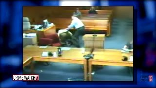 Download Judge Jumps Into Courtroom Tussle, Helps Restrain Defendant - Crime Watch Daily Video