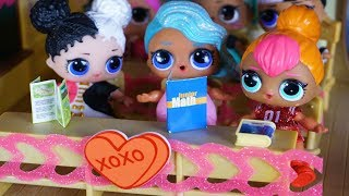 Download LOL SURPRISE DOLLS Valentines Day At School! Video