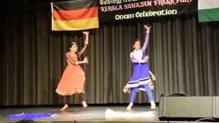 Download Bumbro and Chittiyaan Kalaiyaan Dance performance Video