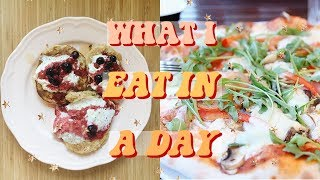 Download WHAT I EAT IN A DAY! VEGETARIAN, REALISTIC & EASY | FALL EDITION Video