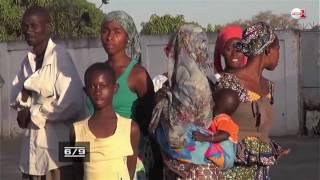 Download Gambie: habitants et touristes fuient Banjul Video