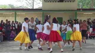 Download Mamás de 3° C bailando La fiesta de Cepillín Video
