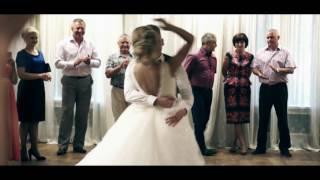 Download Первый танец молодожёнов Даниил и Алина (Железногорск 2016) Video