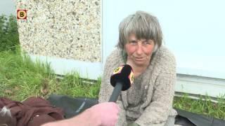 Download 'Op dit moment tevreden', Joke woont in tent van bouwzeil Video