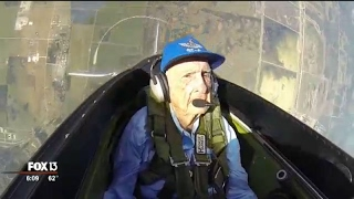 Download 96-year-old WWII pilot takes flight again in Tampa Video