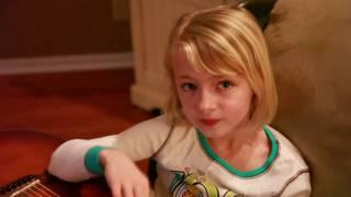 Download 6 year old singing ″The House that Built Me″ by Miranda Lambert Video