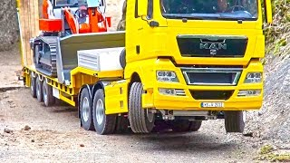 Download Heavy LOAD on Goldhofer! BIG RC Truck Action! Hook-Lifter! Volvo! MAN! Scania! MB Arocs! Video