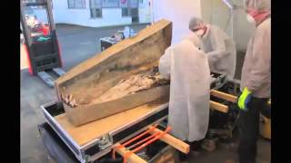 Download Archeologists find preserved 350-year old noblewoman in France Video