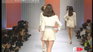 Download ″Valentino″ Spring Summer 1995 Paris 1 of 9 pret a porter woman by FashionChannel Video