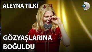 Download Aleyna Tilki Pantene Altın Kelebek sahnesinde şok etti! Video