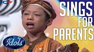 Download Boy Sings His Heart Out For Parents | Emotional Performance On Indonesian Idol Junior! Video