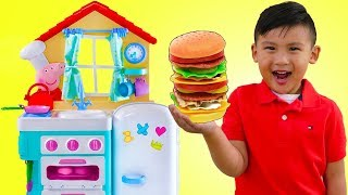 Download Liam Pretend Play w/ PEPPA PIG Kitchen Cooking Kid Toys & Giant ELMO Video