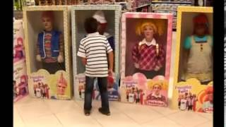 Download funny brazilian living dolls prank Video