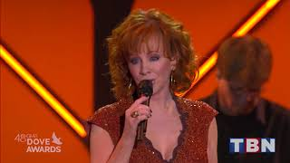Download Reba McEntire Performs ″Back To God″ & ″Swing Low Sweet Chariot″ | 48th Annual GMA Dove Awards | TBN Video