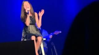 Download Josiane Comeau 11 ans. Ce n'etait qu'un reve de Celine Dion Video