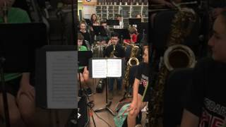 Download 8th-Grade Saxophone Player Burns Through Flight Of The Bumblebee Video