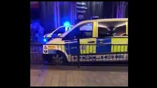 Download BREAKING NEWS: Acid attack in London causes mulitple injuries - LIVE COVERAGE 9/23/17 Video