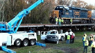 Download CSX Train Hits Truck Kills Driver Plant City Florida Video