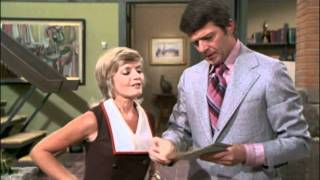 Download The Brady Bunch - Porkchops and Applesauce Video