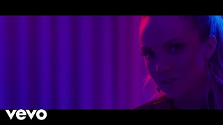 Download Danielle Bradbery - Worth It (Instant Grat Video) Video