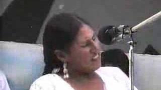 Download ELAY TU VIDITA... FUERZA PALOMITA! ( Carnaval Valluno ) Hermanas Velazco Video