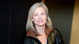 Download Lisa Randall on Dark Matter and the Dinosaurs Video