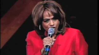Download Jennifer Holliday performing ″His Eye is on the Sparrow″ at Trinity United Church of Christ Video