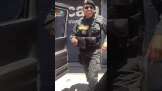 Download Perú. Policia bailarin.. Video