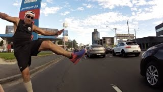 Download Road Raging lunatic attacks cyclist on Kings Way, Melbourne Video