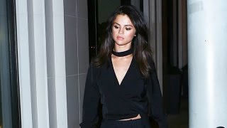 Download Selena Gomez Is Super Stylish Leaving Dinner With Girlfriends Video