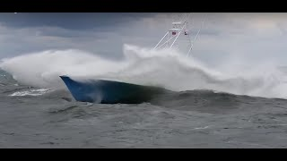 Download Incredible boats in rough weather Video