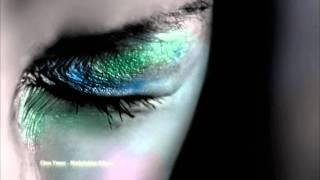 Download Ebru Yasar - Mutluluklar Dileriz Video