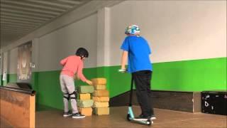 Download Una de saltos Video