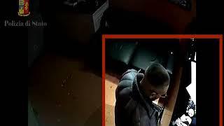 Download Catania: Pizzo alle discoteche tre arresti della polizia Video