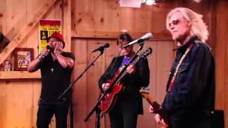 Download Live From Daryl's House feat. Aaron Neville - ″Hercules″ Video