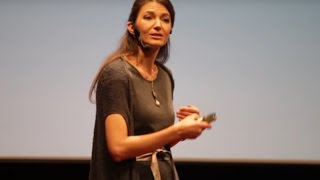 Download Co mi přinesl synův autismus | Barbora Chuecos | TEDxPragueWomen Video