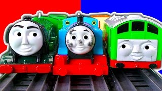 Download Dirty Thomas The Tank Trackmaster 2In1 Destination Set BoCo Cicada Train & Crashes Video
