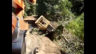Download Heavy Equipment accidents Video