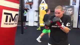 Download Lou Del Valle heavy bag work inside the Mayweather Boxing Club Video