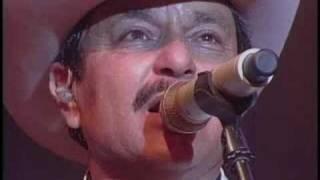 Download CABELLOS LARGOS Video
