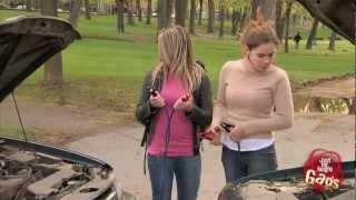 Download Girl Mechanic Prank Video