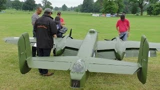 Download GIANT 1/3.3 SCALE RC B-25 MITCHELL 2 X 400 cc MOKI 5 CYL WESTON PARK 2014 - LEGENDARY FIGHTERS # 2 Video