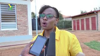 Download Tonzi yasuye ikigo cyitwa Izere mubyeyi kibamo abana bafite ubumuga Video