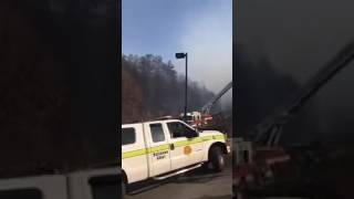 Download Gatlinburg Fire: Sneak In To Get | RARE FOOTAGE Of DAMAGE Video