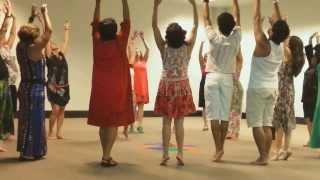 Download Oficina de Danças Circulares NA GINGA DA RODA com LUCIA CORDEIRO Video