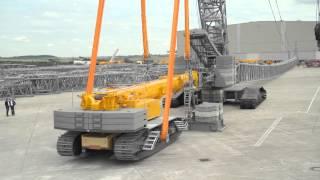 Download Liebherr - LR 1600/2 crawler crane using the LTR 1220 as counterweight Video