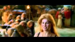Download Laetitia Casta (Falbala) in Astérix Et Obélix Contre César 1999 - part 1/5 Video